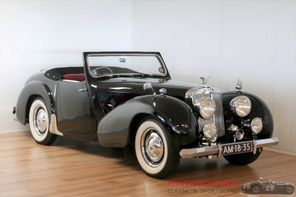 SOLD Triumph 2000 Roadster